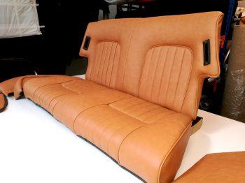 Banquette arrière 504 cabriolet rénovée en simili RC Sellerie