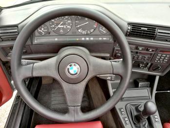 Gainage volant cuir BMW 325 E30 RC Sellerie