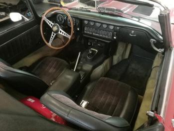Sellerie Cuir Jaguar type E avant rénovation