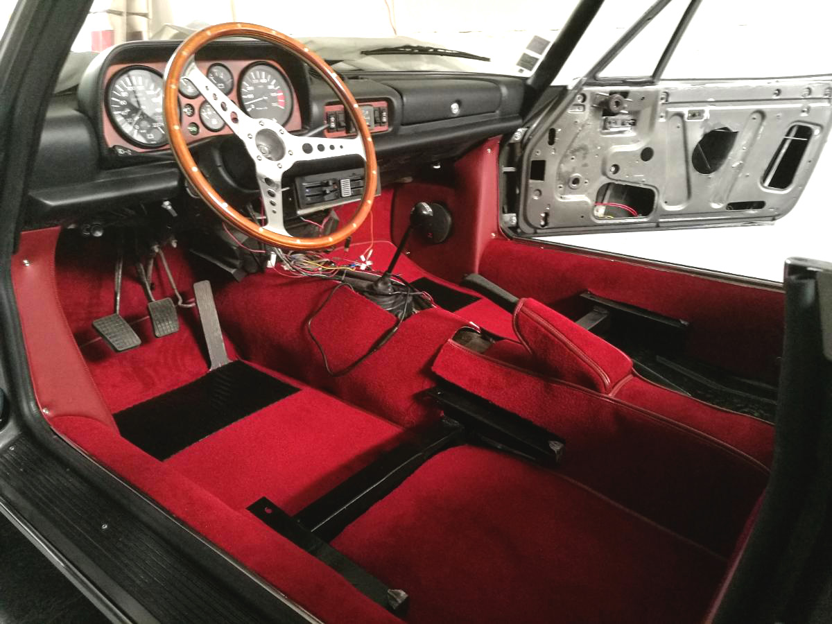 Moquettes neuves 504 Cabriolet renaissance