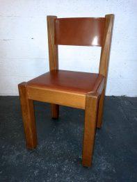 Chaise en cuir contemporaine RC Sellerie