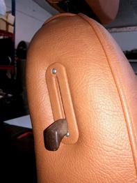 Rénovation siège 504 Cabriolet en simili RC Sellerie