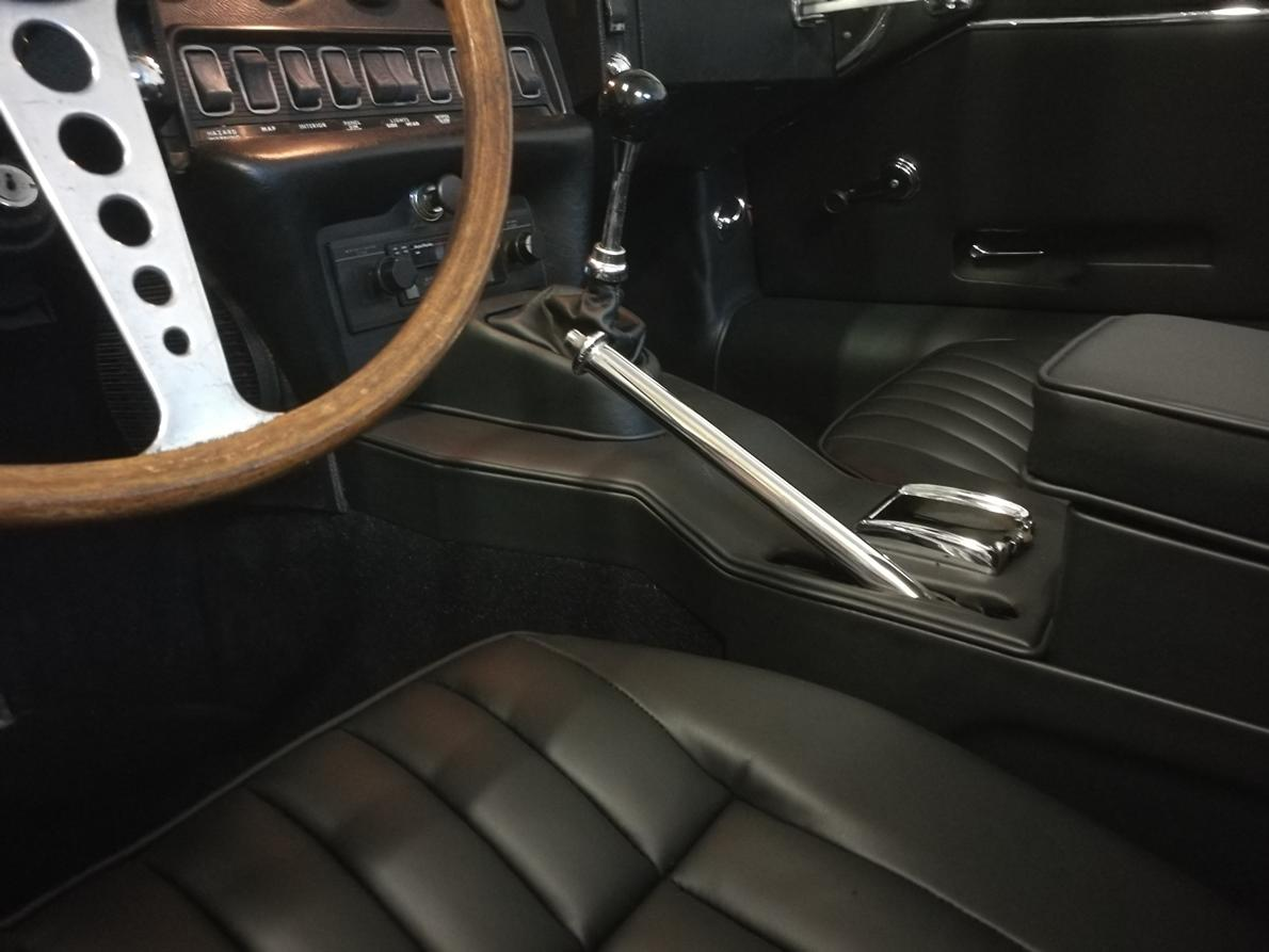 Sellerie cuir Jaguar type E rénovée