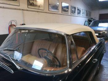 Mercedes W111 Cabriolet remplacement capote en alpaga RC Sellerie