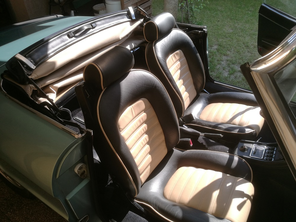 Remplacement capote Alpaga Bleue et beige sur Alfa Spider 2000