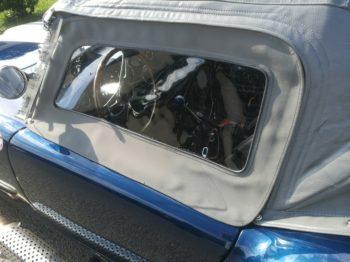 Aménagement des vitrages latéraux d'une Capote d'AC Cobra RC Sellerie