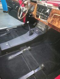 Réalisation d'un kit moquette luxe sur Jaguar MK2 RC Sellerie