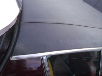 Corrosion pavillon sous vinyle de toit avant travaux RC Sellerie