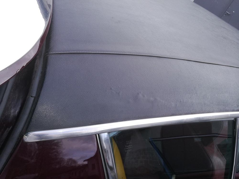 Corrosion pavillon sous vinyle de toit avant travaux