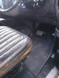 Etat du siège conducteur en cuir avant travaux de rénovation RC Sellerie