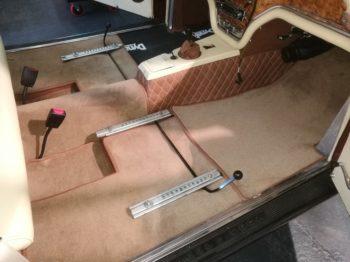 Réalisation d'un kit moquette luxe sur mesure  RC Sellerie